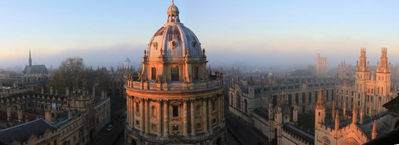 Radcliffe Camera and All Souls College © Tejvan Pettinger (bit.ly/2x5DmMb)