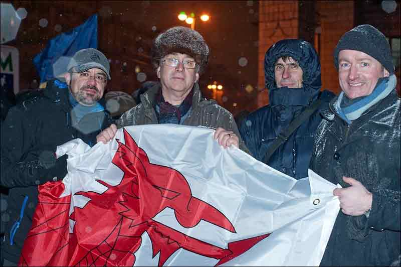 Mick Antoniw in Kiev on the Maidan (central square) with members of the Committee of the Regions during the revolution. © Mick Antoniw AM